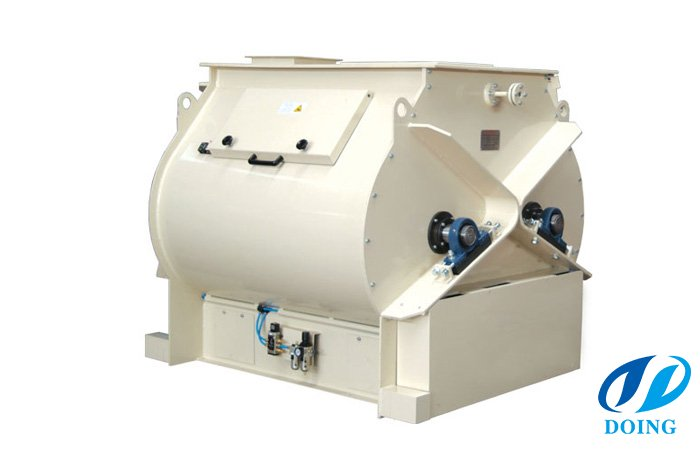 Mixer plant for feed pellet
